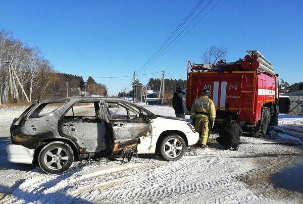 В Зейском районе огнеборцы ликвидировали возгорание автомобилей
