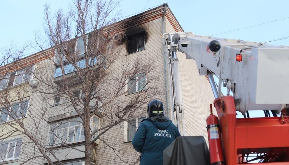 Шимановские огнеборцы ликвидировали возгорание в многоквартирном жилом доме