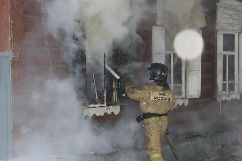 В Архаринском районе пожарные ликвидировали возгорание жилого дома