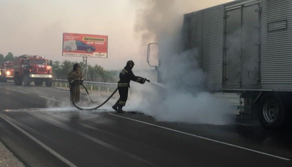 В Тамбовском районе огнеборцы ликвидировали возгорание фронтального погрузчика