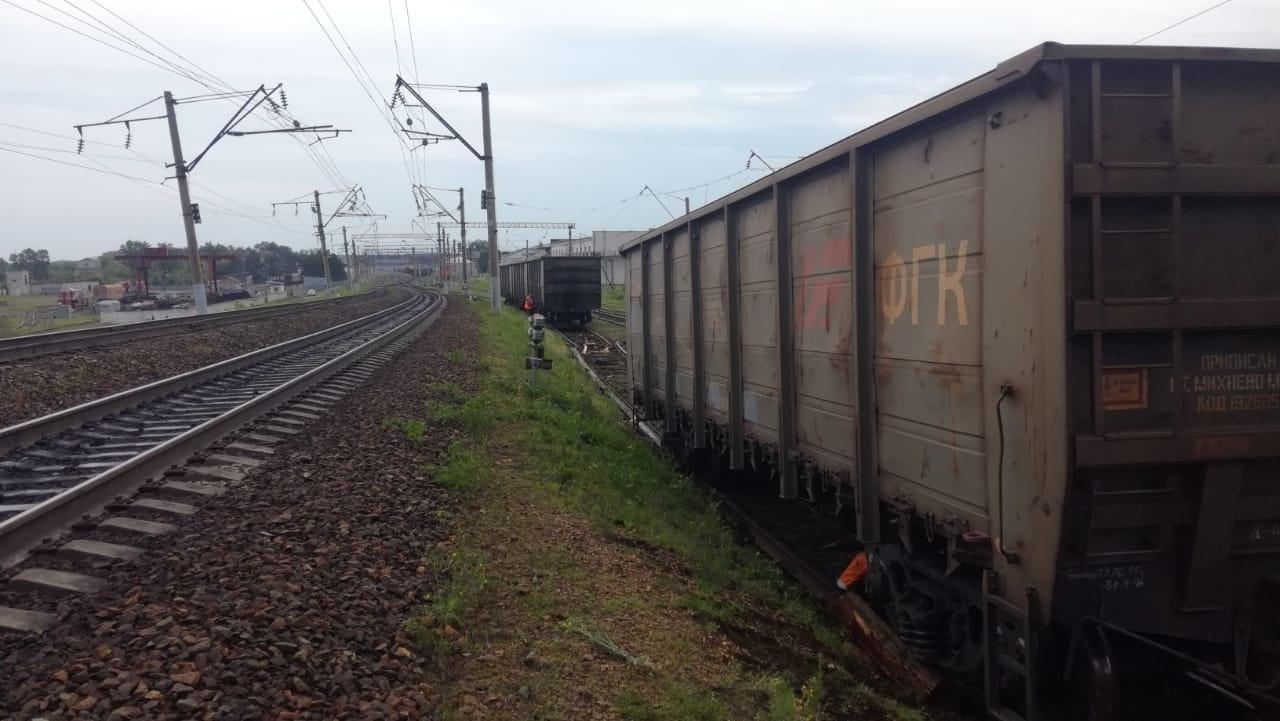 На участке железной дороги необщего пользования в Зейском районе произошло столкновение  грузовых поездов